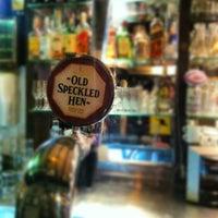 Foto tirada no(a) Mulligan Irish Pub por Rainer G. em 8/31/2012