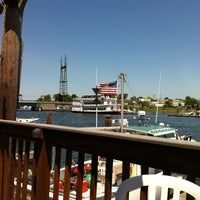 Photo taken at SoNo Seaport Seafood by Richard Nixon on 5/18/2012
