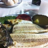7/17/2012 tarihinde Mehmet Y.ziyaretçi tarafından Deniz Restaurant'de çekilen fotoğraf