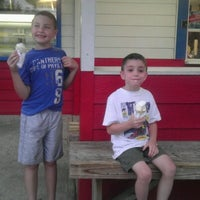 Photo taken at Dairy Queen by Lora O. on 7/22/2012