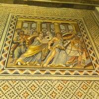 8/26/2012 tarihinde Eyyup S.ziyaretçi tarafından Zeugma Mozaik Müzesi'de çekilen fotoğraf