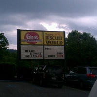 Photo taken at Tudor's Biscuit World by Tina E. on 5/13/2012