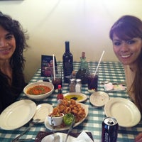 Foto tomada en Italianni's Pasta, Pizza & Vino por Gina Abril M. el 4/4/2012