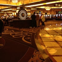 Photo taken at Horseshoe Hammond Casino by Lisa R. on 5/17/2012