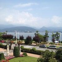 Foto scattata a Grand Hotel Des Iles Borromees Stresa da Vicky P. il 8/1/2012