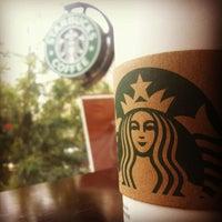 4/14/2012 tarihinde Caner G.ziyaretçi tarafından Starbucks'de çekilen fotoğraf