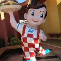 Photo taken at Bob's Big Boy by Cristina A. on 7/28/2012