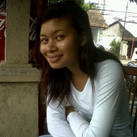 Photo taken at Warung Paon Inang Jaya by Comank S. on 6/6/2012