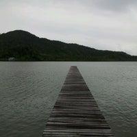 Photo taken at Kooncharaburi Resort And Spa Koh Chang by Lerpong T. on 5/5/2012