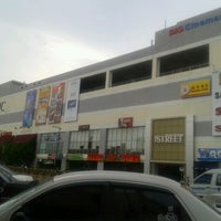 Photo taken at Kluang Mall by bebe l. on 7/16/2012