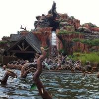 Photo taken at Splash Mountain by Iñigo S. on 8/20/2012