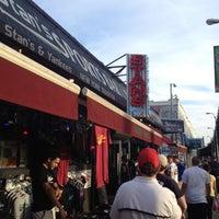 Foto tirada no(a) Stan's Sports Bar por Jasmine L. em 5/12/2012