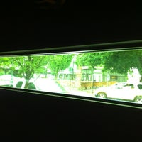 Foto tirada no(a) Doug Fir Lounge por Justin H. em 6/23/2012