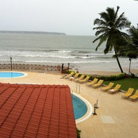 Photo taken at Cidade de Goa by Bhavneet on 8/28/2012
