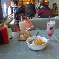 Photo taken at Bakso Malang Karapitan by Dewi K. on 11/3/2013