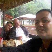 7/25/2017 tarihinde TC Abdullah G.ziyaretçi tarafından Arde-Som Rentaurant ve Alabalık Çifliği'de çekilen fotoğraf