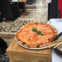 Foto scattata a Trattoria Pizzeria Galleria da Alevtina B. il 7/26/2015