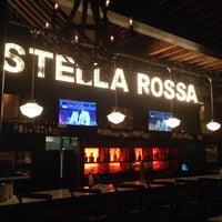 Foto tirada no(a) Barra Rossa Ristorante por Stephen S. em 11/12/2013