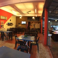 Photo taken at Restoran Mak Leha by Qhairunnina S. on 7/24/2016