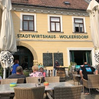 Photo taken at Stadtwirtshaus Wolkersdorf by Michael on 7/6/2018
