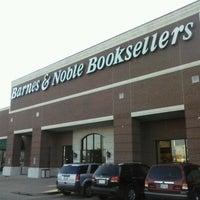 Foto tomada en Barnes & Noble por Juanma C. el 3/17/2014