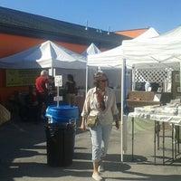 Photo taken at First Saturday Arts Market by Juanma C. on 10/4/2014