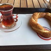 Photo taken at Simit Sarayı by Mr. Jethro... A. on 1/18/2017