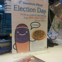 Photo taken at Domino's Pizza by Simon S. on 7/8/2014