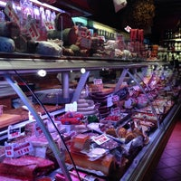Photo taken at Le P'tit Normand - Charcuterie by Olivier P. on 1/29/2014