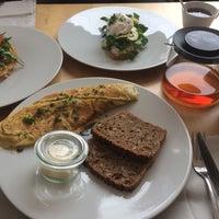 Снимок сделан в Mikyna Coffee & Food Point пользователем Atay H. 1/15/2017