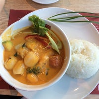 Photo taken at cha chã - Thai Positive Eating by Nadia C. on 8/13/2014