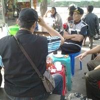 Photo taken at Kantor Kecamatan Cipondoh by Ryan A. on 7/7/2013