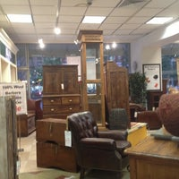 Photo taken at Laytner's Linen & Home by Kim H. on 10/4/2012