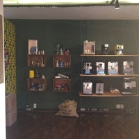 Photo taken at Oficina Do Espresso by Fabio D. on 8/17/2016
