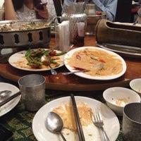 Photo taken at 雲之泰 Yunnan & Thai Food by Leonard C. on 7/19/2014