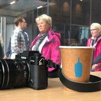 9/23/2018 tarihinde Sergey I.ziyaretçi tarafından Blue Bottle Coffee'de çekilen fotoğraf