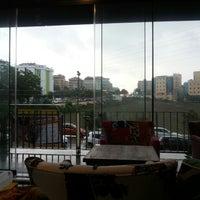 9/28/2014 tarihinde Gizem Ç.ziyaretçi tarafından Coffee House London'de çekilen fotoğraf