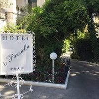 Foto scattata a Hotel A' Pazziella da İnsel O. il 7/21/2017