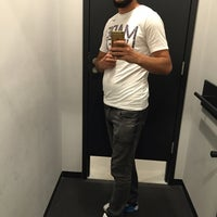 Photo taken at Optimum Nike Factory Store by [̲̅m̲̅][̲̅e̲̅][̲̅l̲̅][̲̅i̲̅][̲̅h̲̅] on 8/26/2016