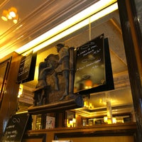 Foto tomada en Restaurant Les Tours de Notre-Dame por Horacio V. el 1/18/2018