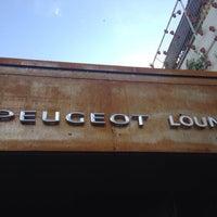 Foto tomada en Peugeot Lounge por Patricio A. el 12/13/2013