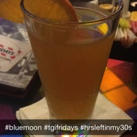 Photo taken at TGI Fridays by Ale A. on 12/24/2014