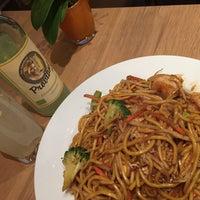 Снимок сделан в Pi-Nong Authentische Thai-Küche пользователем nochsoeiner 2/12/2015