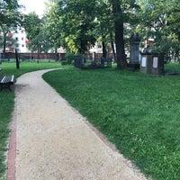 Photo taken at Alter Garnisonsfriedhof by Felix S. on 8/25/2017
