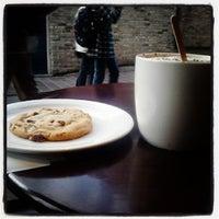 Photo taken at Starbucks by 🐦Thanassis K. on 10/19/2013