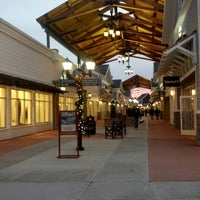 Merrimack Outlet Mall Food Court