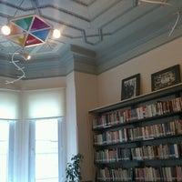 3/11/2014 tarihinde İrem Ü.ziyaretçi tarafından Özgen Berkol Doğan Bilimkurgu Kütüphanesi'de çekilen fotoğraf
