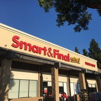Photo taken at Smart & Final Extra! by Leonard Jp M. on 8/23/2017