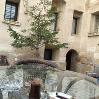 Photo taken at Cappadocia Abras Cave Hotel by Dilek on 4/21/2017