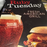 Photo taken at Ruby Tuesday by Rey A. on 12/13/2014